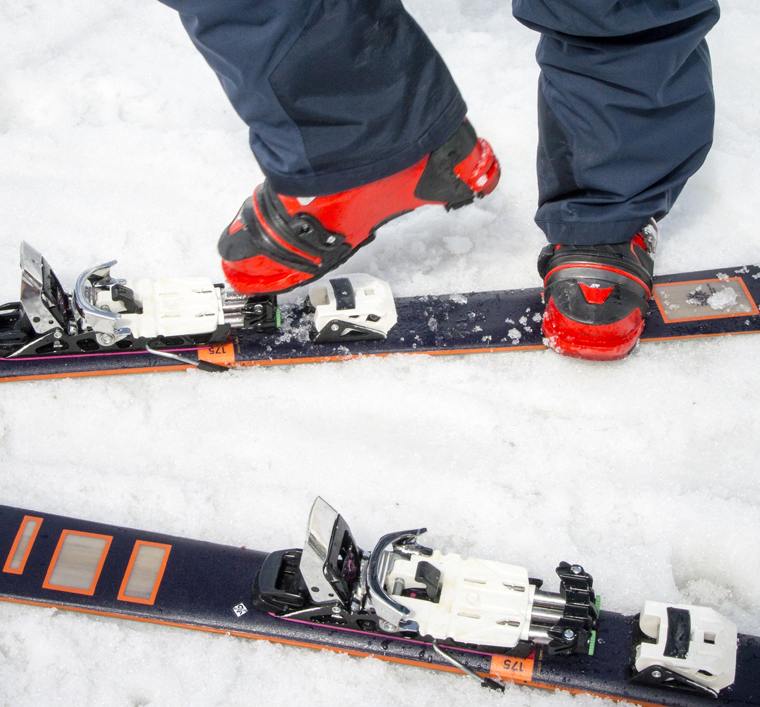 With the toe securely clipped into the telemark binding, it leaves the heel free to rise | Penny Kendall