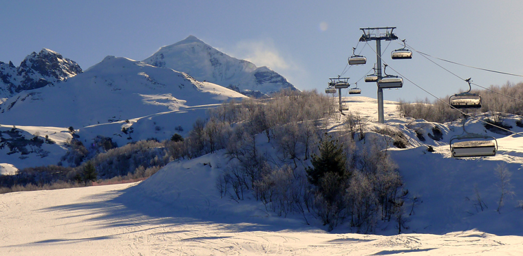 georgia-svaneti-tetnuldi-ski-resort-chair-lift