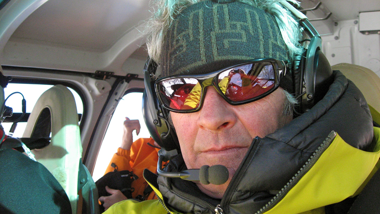 Coffey looking über-cool in his Portillo heli